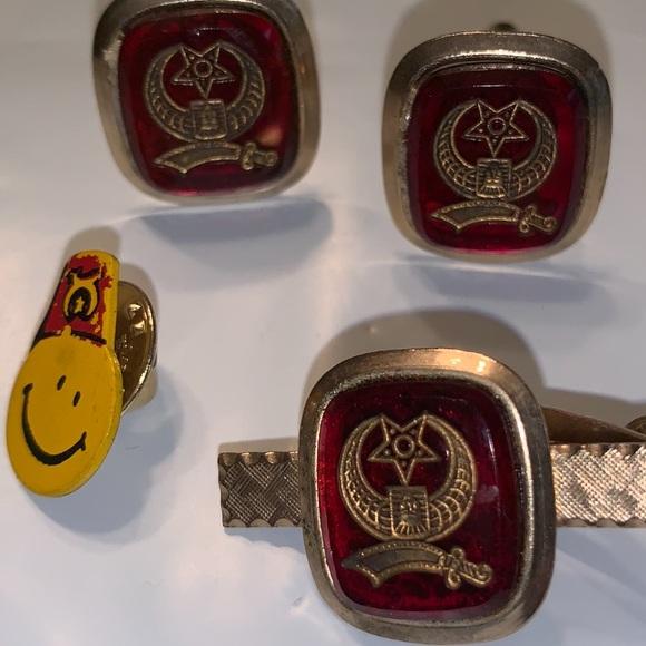 bfada0ec3 4 /$20 Shriners Masonic Vintage Tie Bar Cuff Links